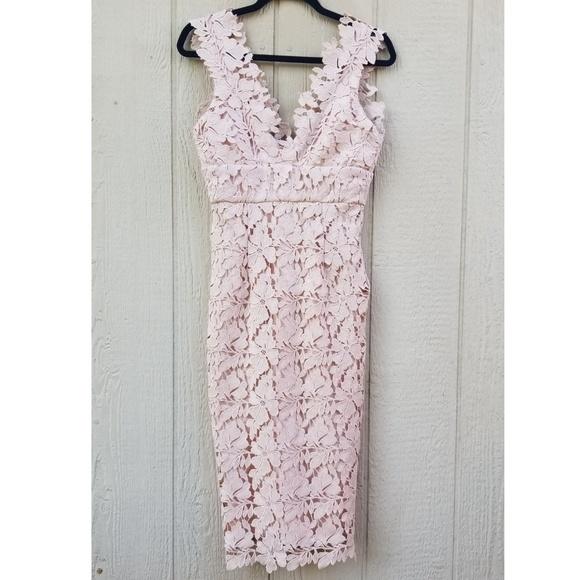 Bardot Dresses & Skirts - NWT Bardot Valeria Sleeveless Sheath Dress Lace